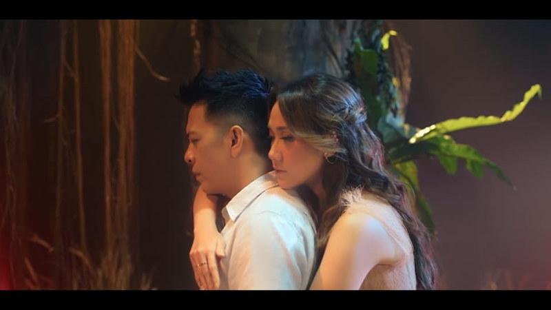 Duet Noah dan BCLNOAH & BCL rilis 'Mencari Cinta' di After Party Youtube Premium