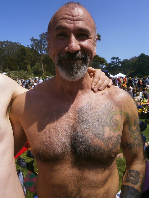 HUNK # 20 of the 101 HUNKS at the previous HUNKY 'J' CONTESTS  !  HUNK # 20 !  ( safe photo )