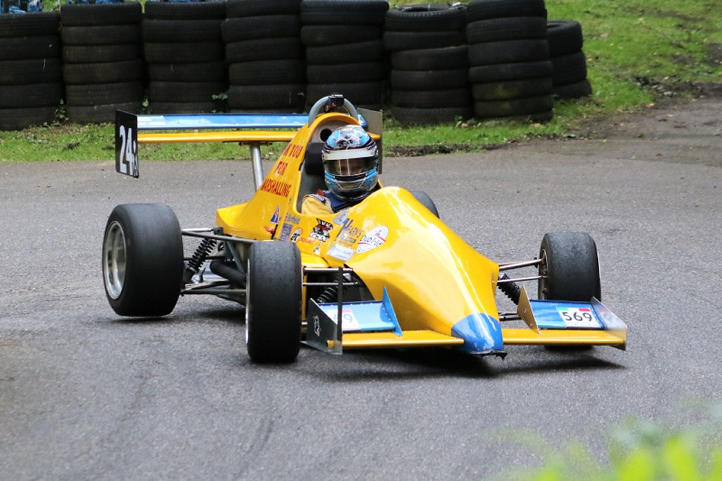 TheJedi Mk4 of Ben Bonfield at Wiscombe (N Cole)