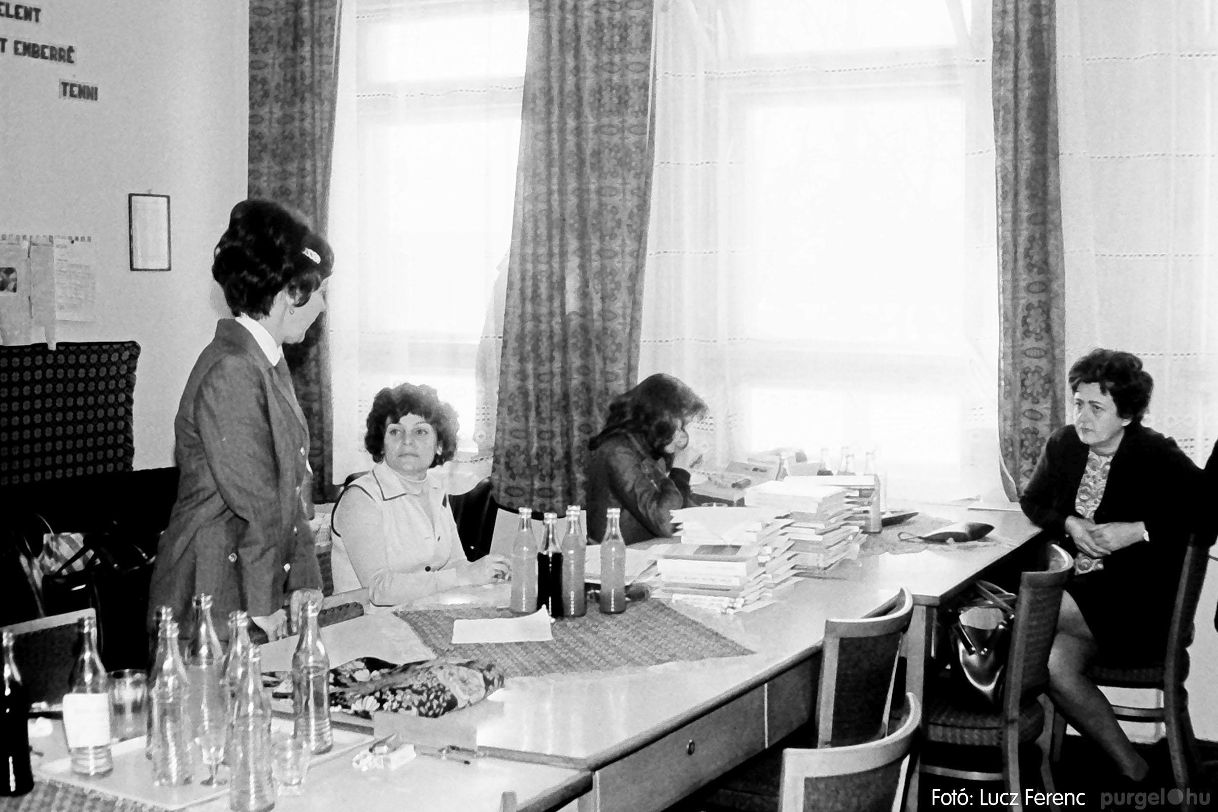 102. 1978. Szaktárgyi verseny a központi iskolában 016. - Fotó: Lucz Ferenc.jpg