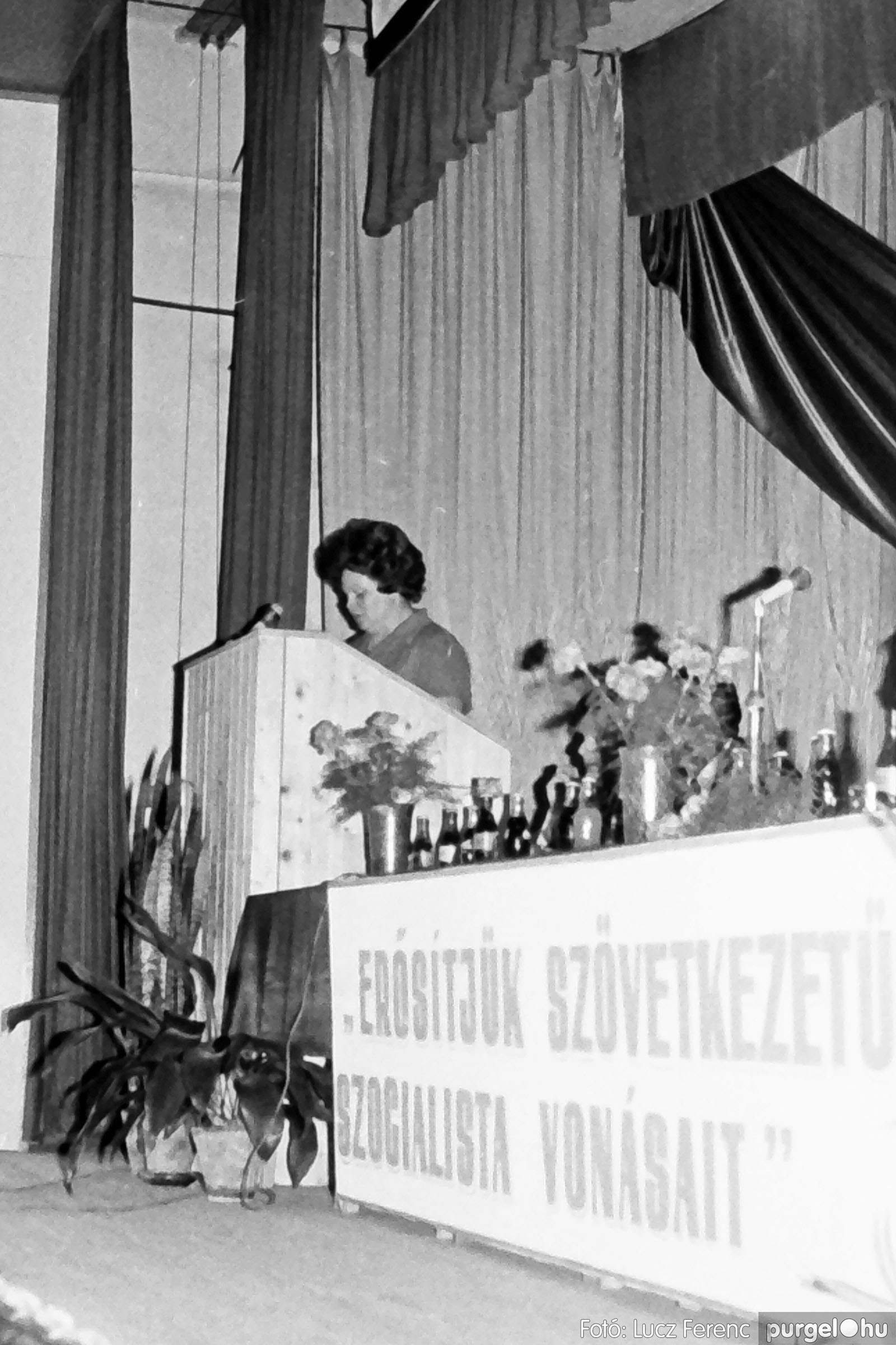 107. 1978. A KTSZ mérlegzáró közgyűlése 022. - Fotó: Lucz Ferenc.jpg