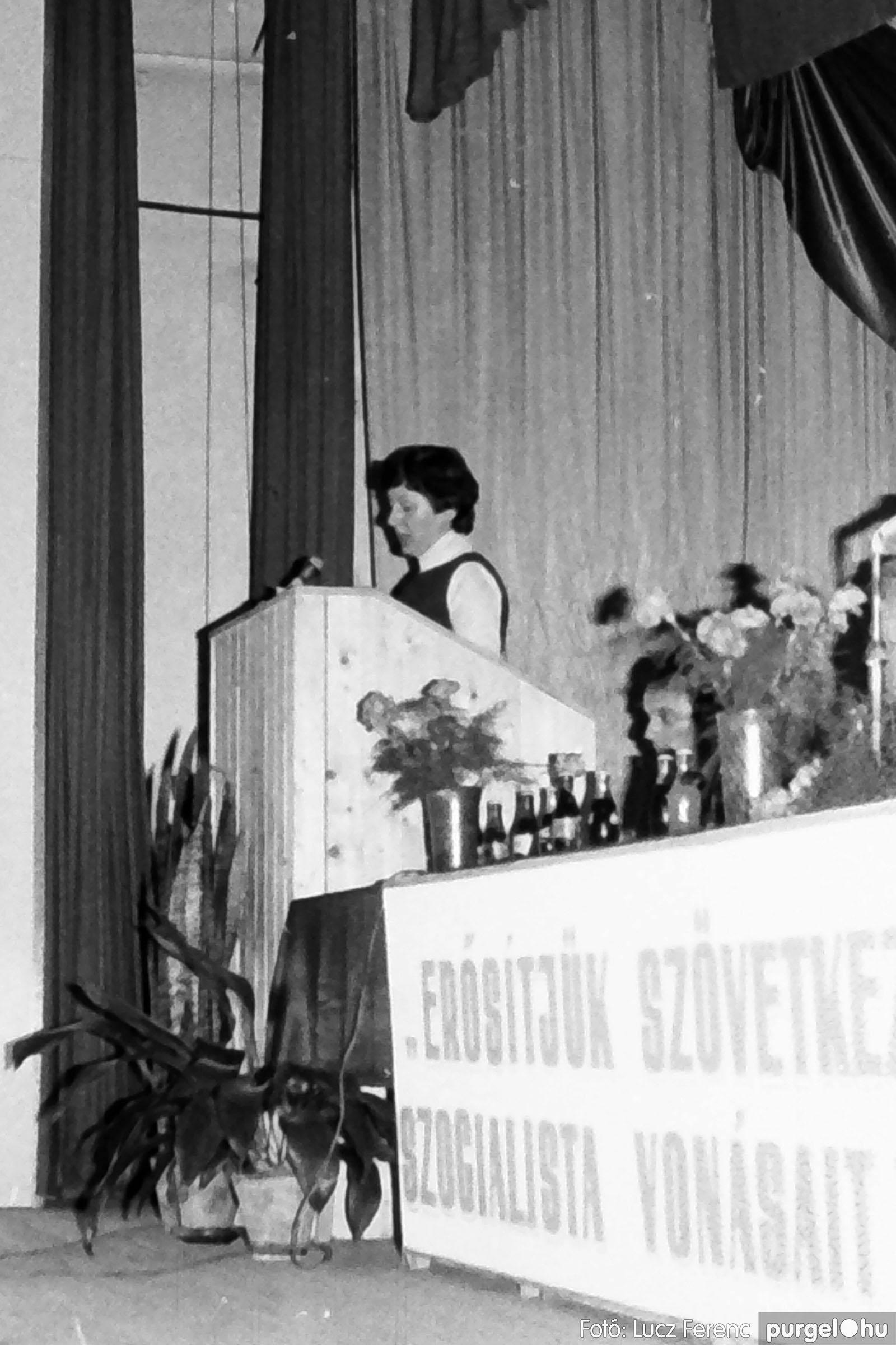 107. 1978. A KTSZ mérlegzáró közgyűlése 021. - Fotó: Lucz Ferenc.jpg
