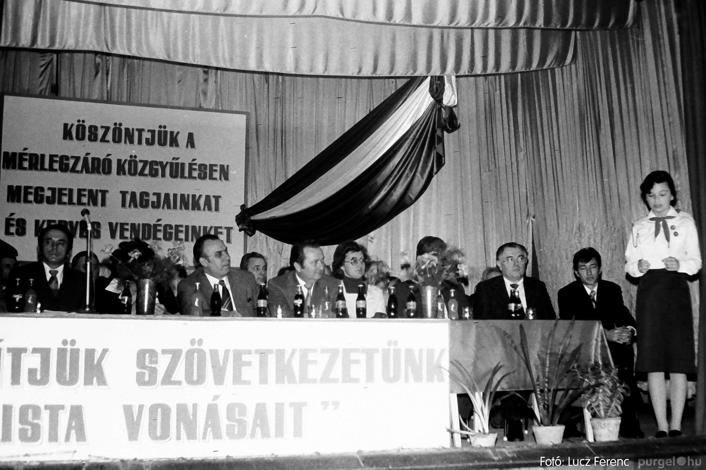 107. 1978. A KTSZ mérlegzáró közgyűlése 016. - Fotó: Lucz Ferenc.jpg