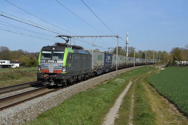 Re 475419-8 BLS Cargo + 40266 (Gallarate-Muizen), Korbeek-Lo, 25/04/2021