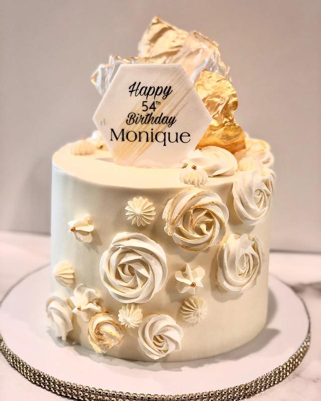 Cake by SweetTalk