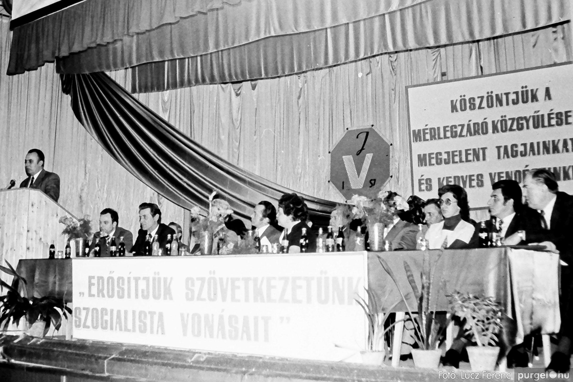 107. 1978. A KTSZ mérlegzáró közgyűlése 027. - Fotó: Lucz Ferenc.jpg