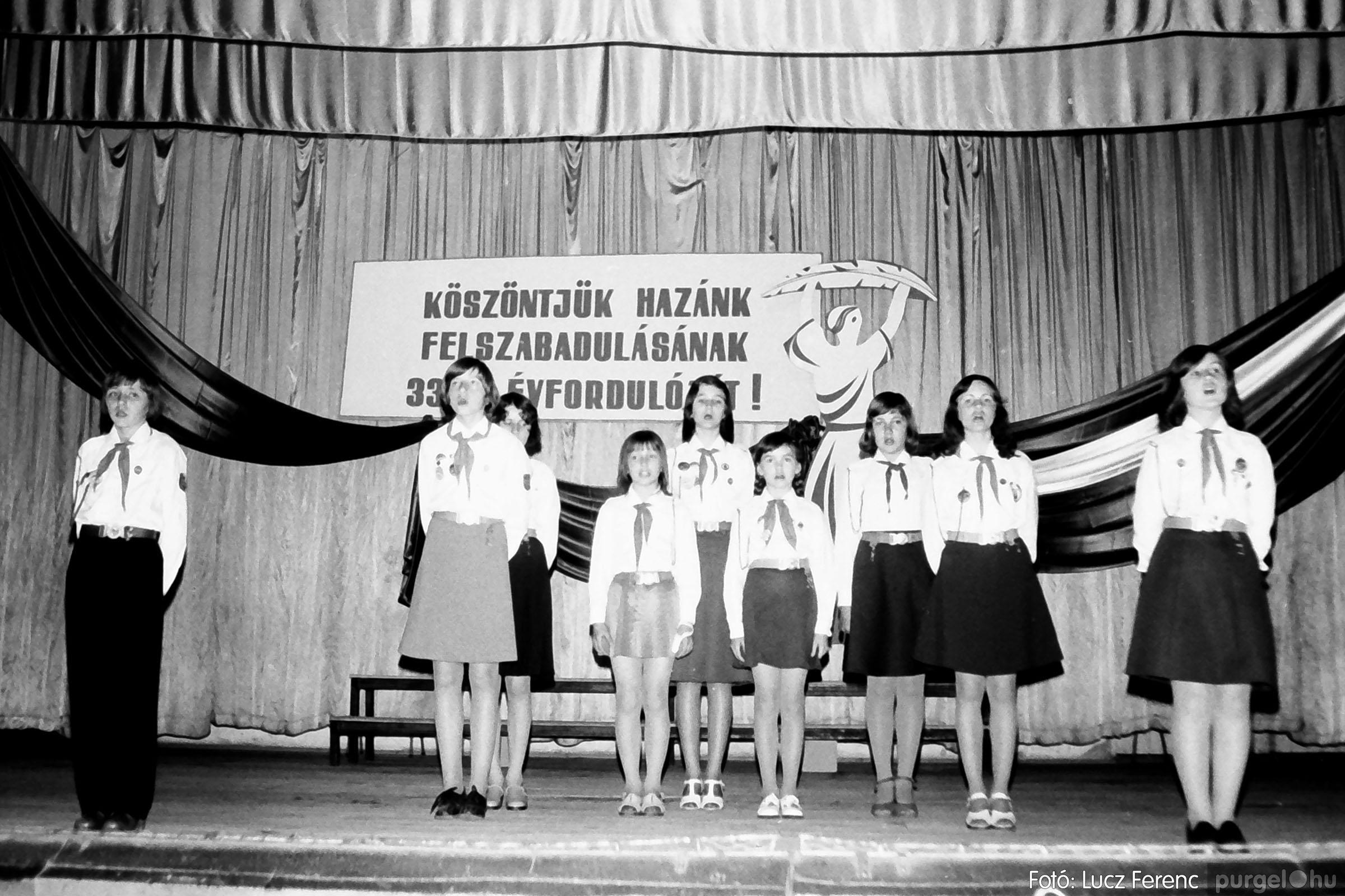 109A. 1978. Április 4-i ünnepségek 057. - Fotó: Lucz Ferenc.jpg