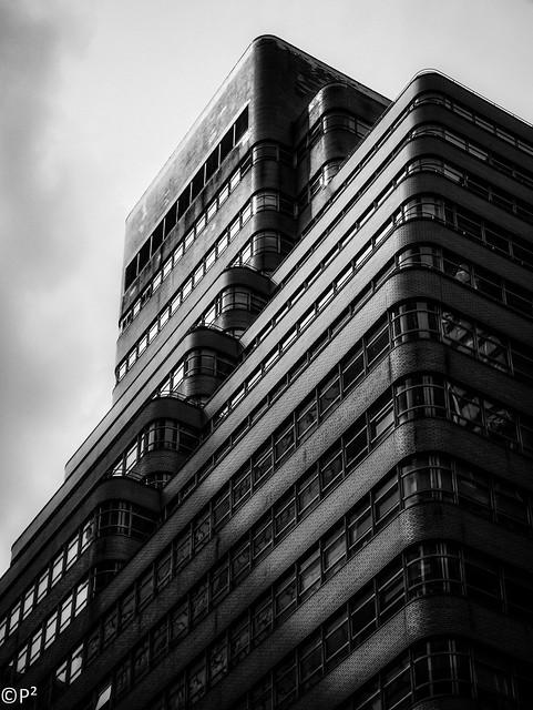👀 Building
