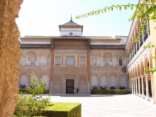 Patio mudejar del Alcazar de Sevilla