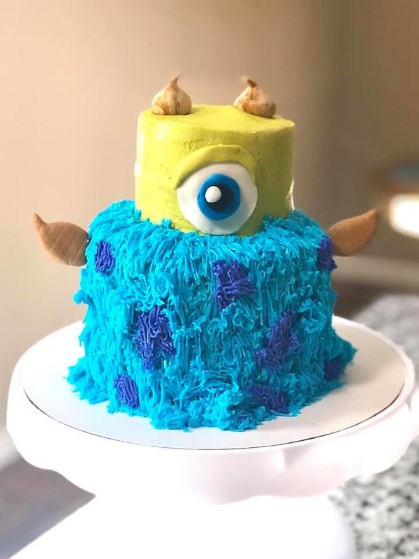 Cake by Mama B Bakes