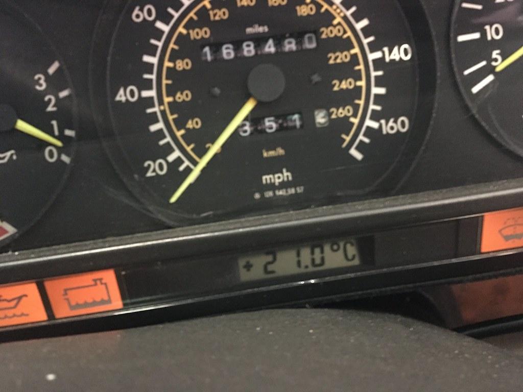 560SEC outside temperature display