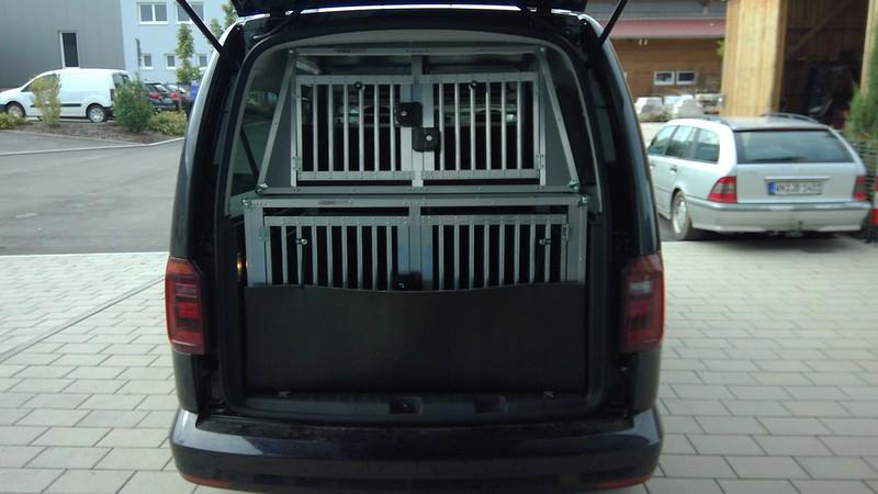 Hundebox PKW