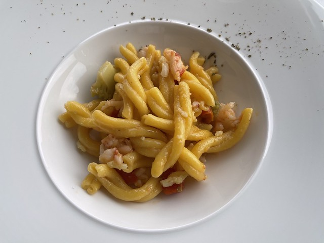 Strozapretti with shrimps, romanesco cabbage and tomatoes, Kurhaus Hotel, Cademario, Tessin, Switzerland