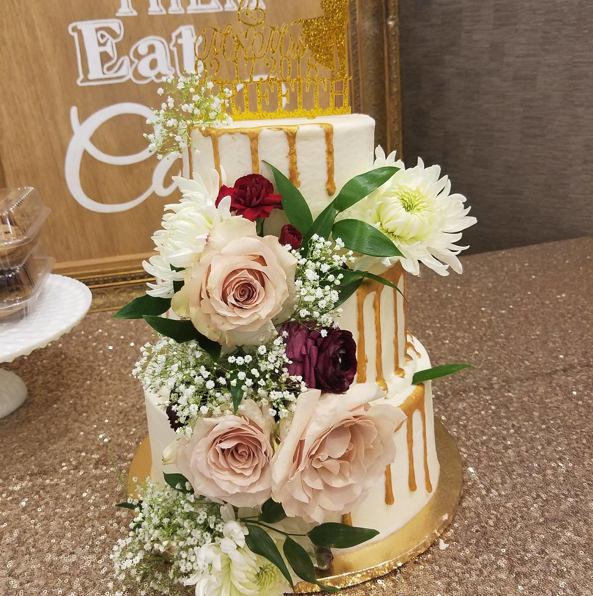 Cake by Sue Ann's Bakery