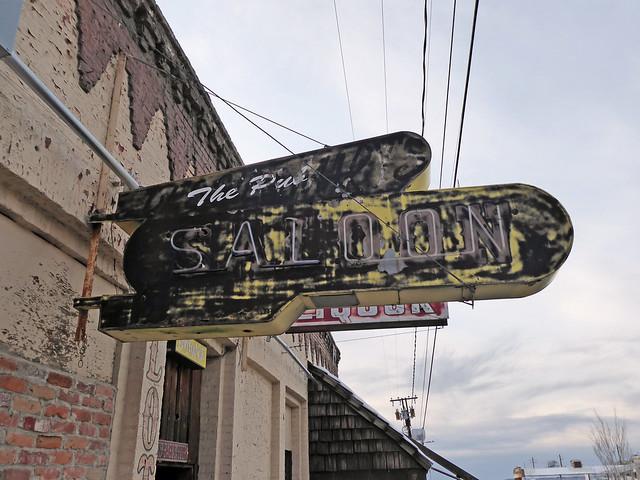 Austin, NV signs