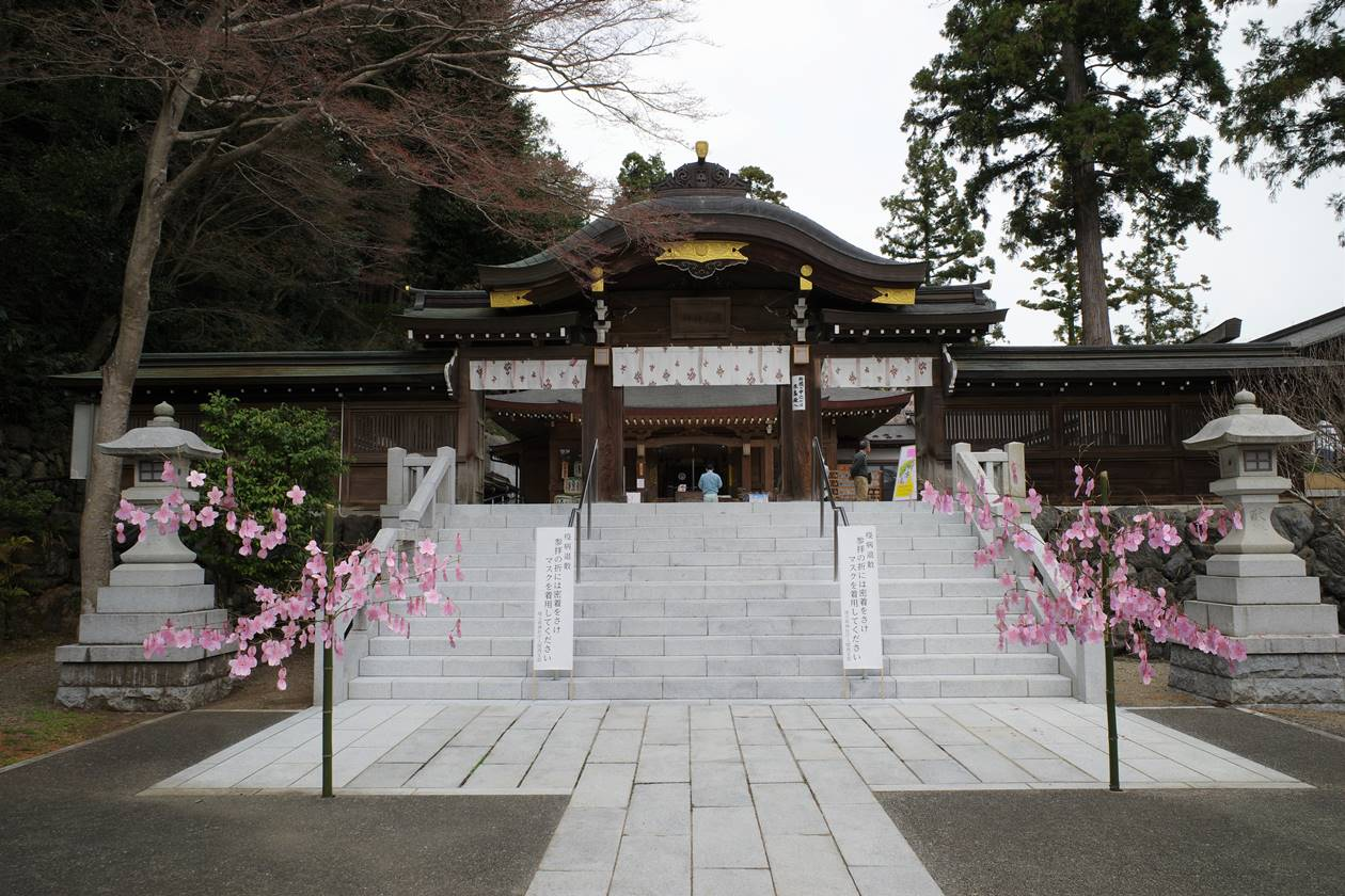 高麗神社・御神門