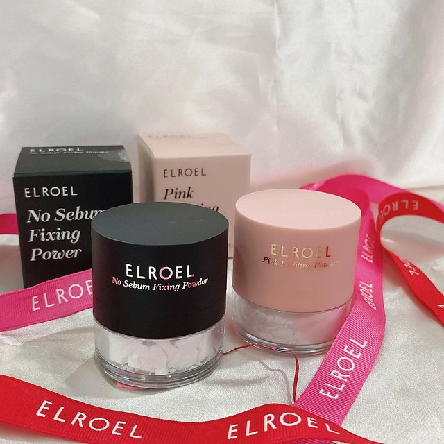 elroel No sebum fixing powder and Pink Lighting Powder