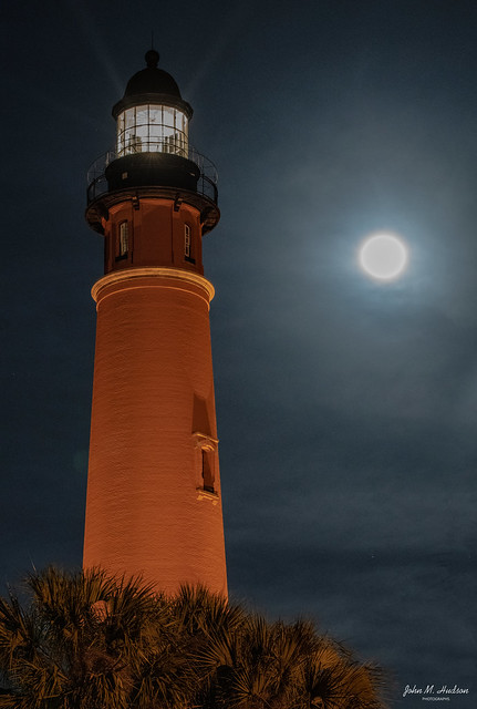 2021.04.26.1358.D850 Ponce Inlet Light Under Full Moon