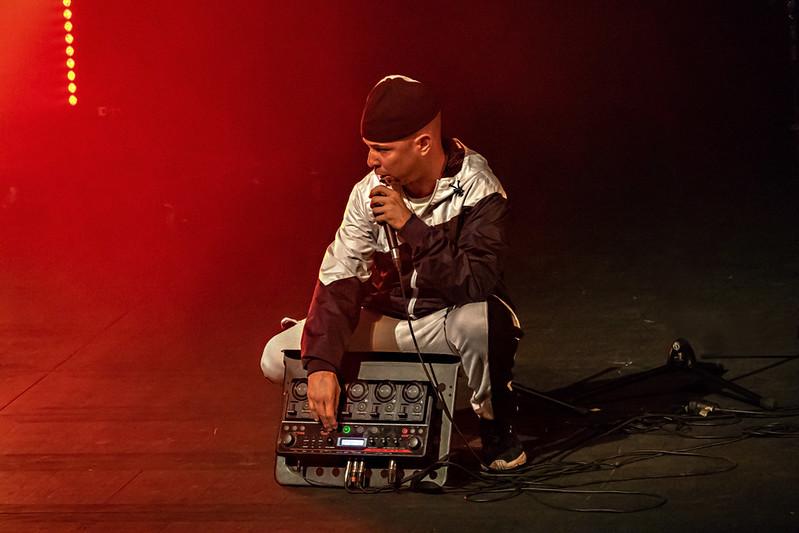 FLOW! My (Hip Hop) story Cia. Pulmons Beats (Toni Alsina)