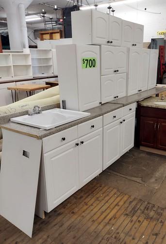 Kitchen Cabinet Set 0402