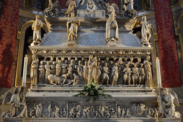 Bologna, particolare dell'Arca di San Domenico