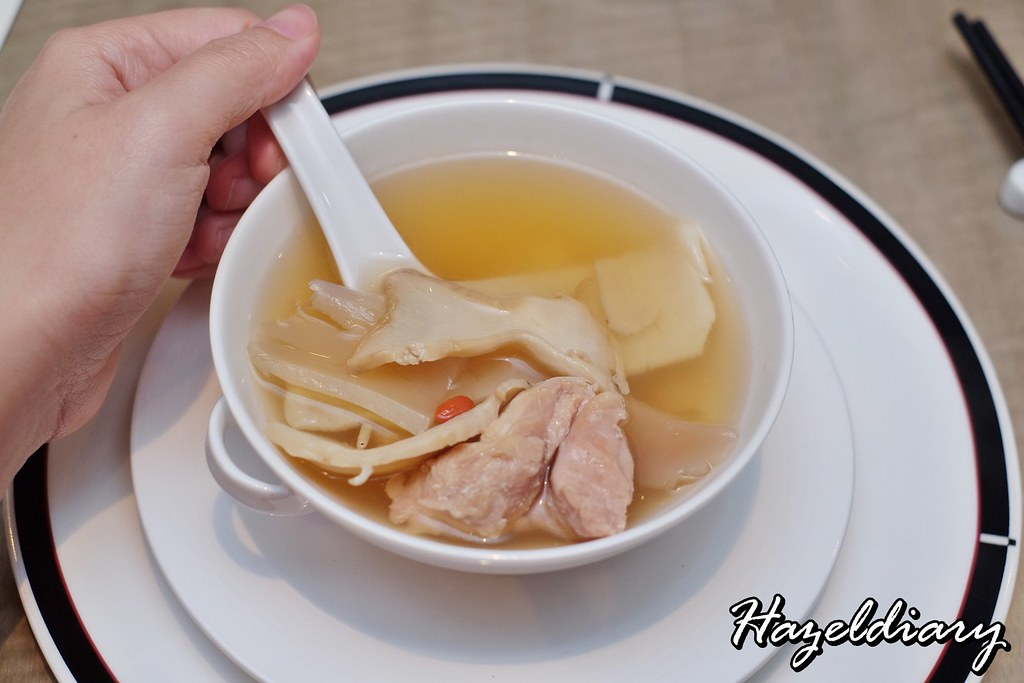 Jiang Nan Chun-Four Seasons- Double-boiled Fish Maw Soup