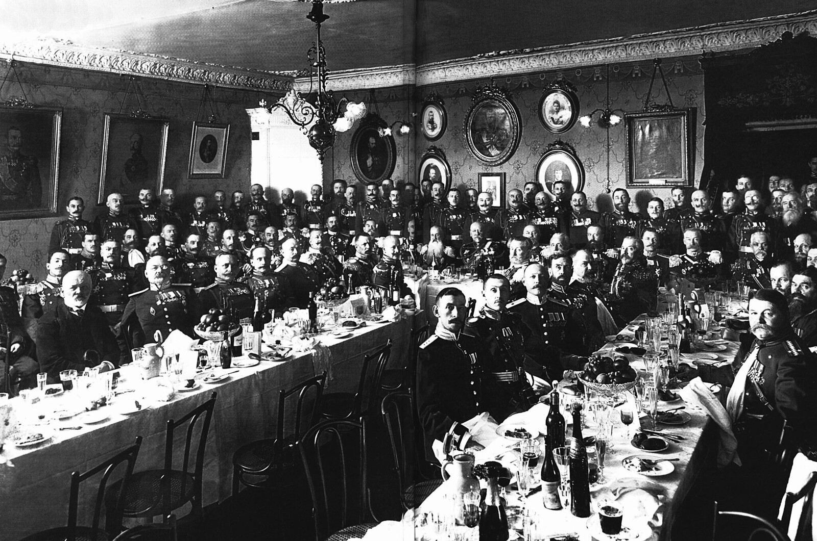 1914. Банкет для личного состава Фельдегерского корпуса