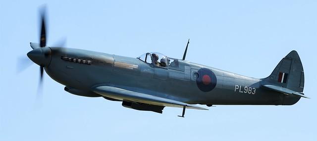 1944 RAF Supermarine Spitfire G-PRXI PL983