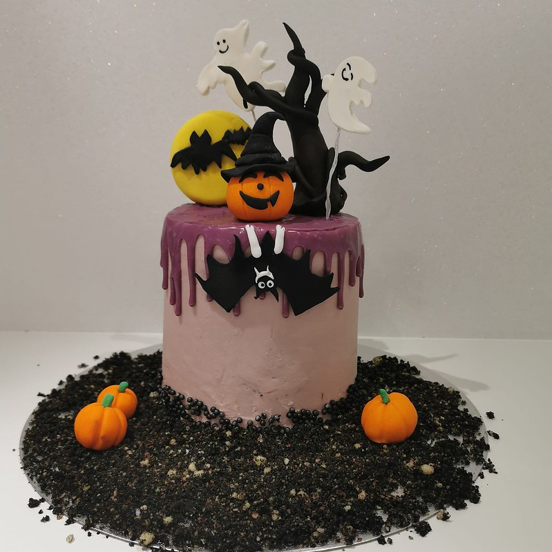 Cake by Oh Baby Cakes