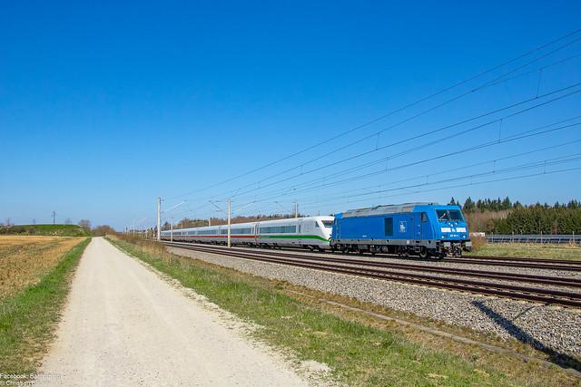 285 103 (PRESS/DB Fernverkehr) mit Tz 208 alias 402 008 (ICE 2) als FbZ 77873 von Nürnberg nach München | 23.04.2021 | Haspelmoor