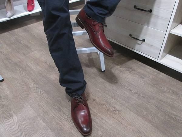 真皮手工鞋品牌