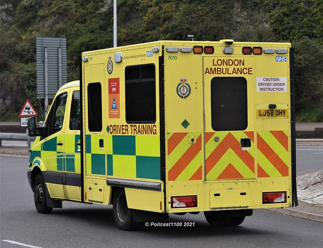 London Ambulance Service Mercedes Sprinter DTU LJ58 OHY