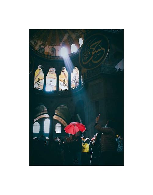 Pink umbrella and light / Hagia Sophia