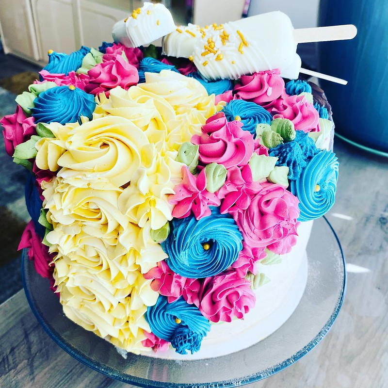 Cake by Swanky Sweets and Party Treats