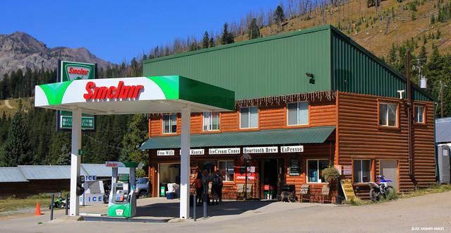 Sinclair Gasoline Station, Cooke City, Montana, USA