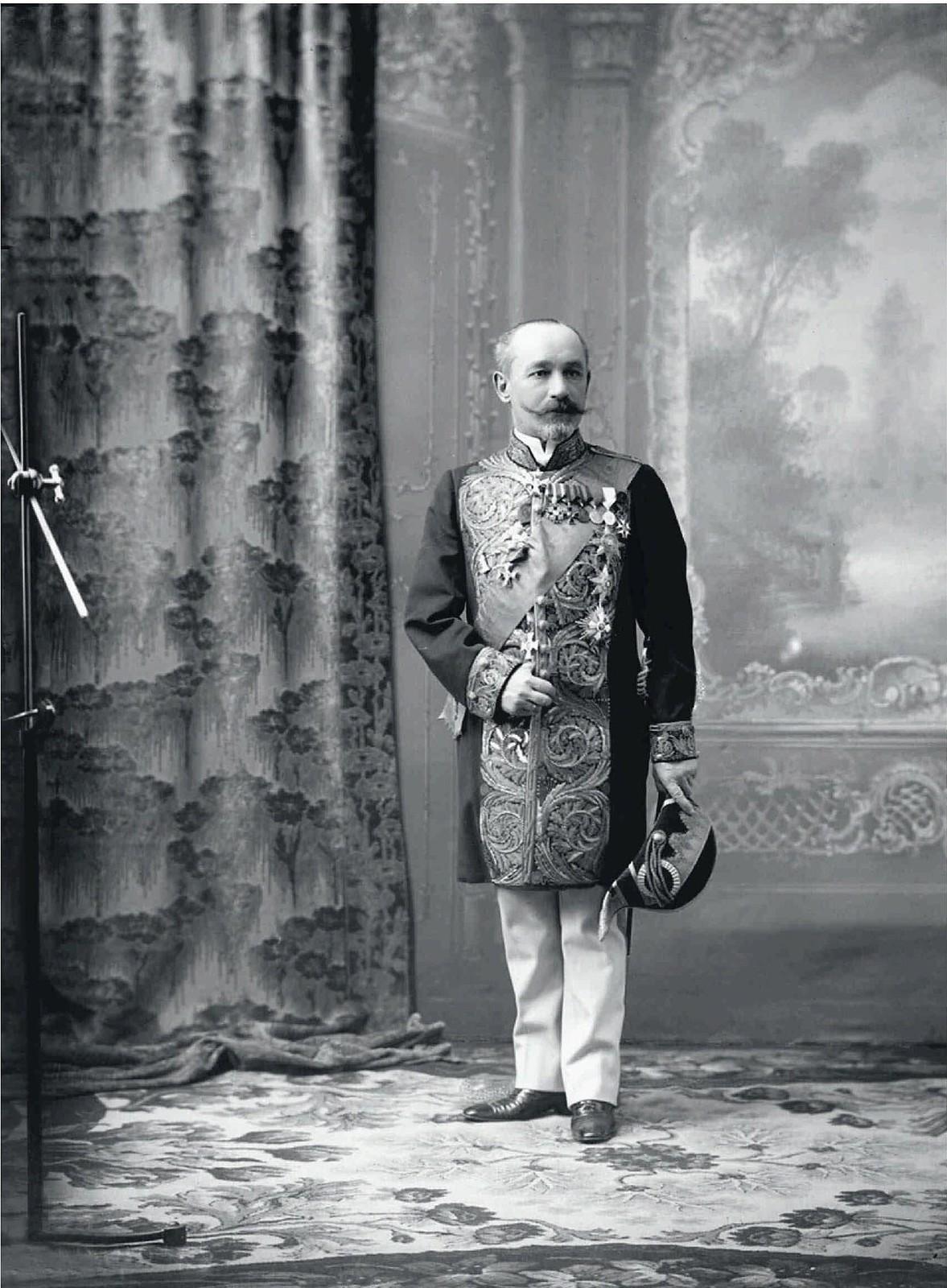 1913. Гофмейстер Высочайшего двора, сенатор А.П.Рогович