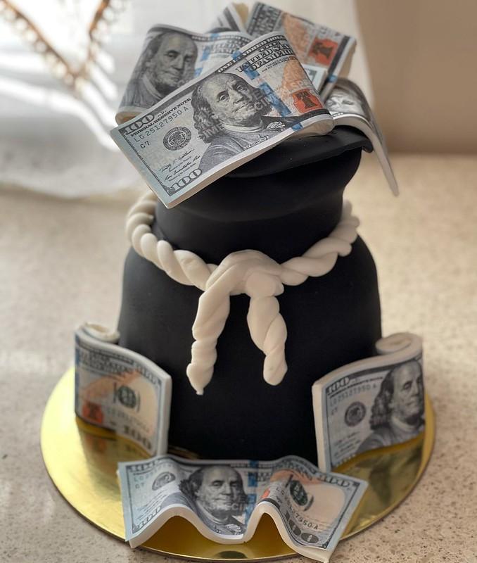 Cake by Sugar Fiend