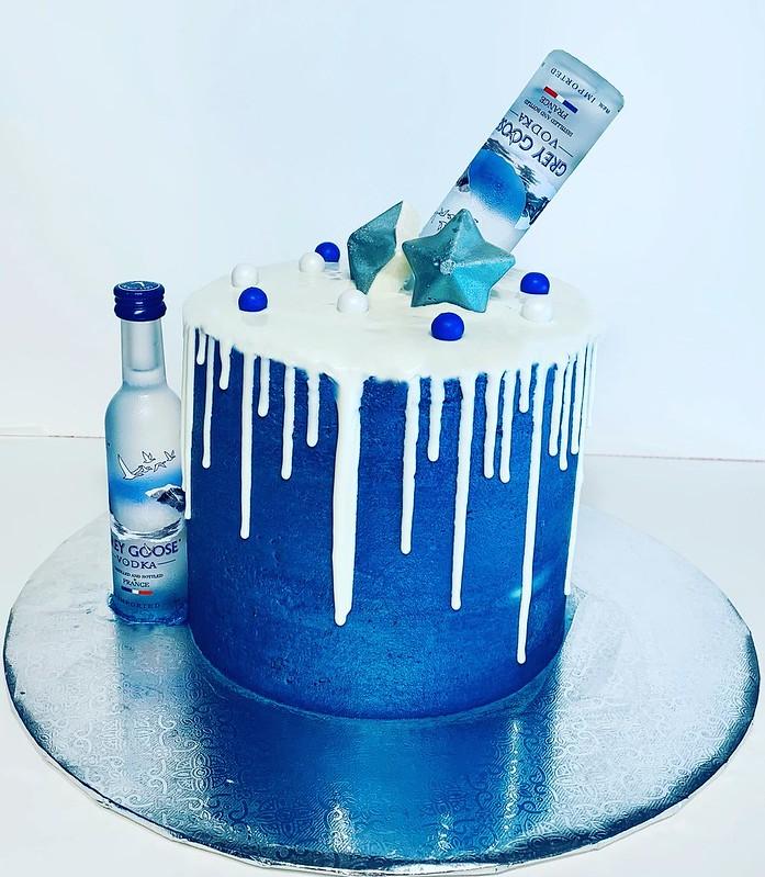 Cake by Luclan Bake Shop