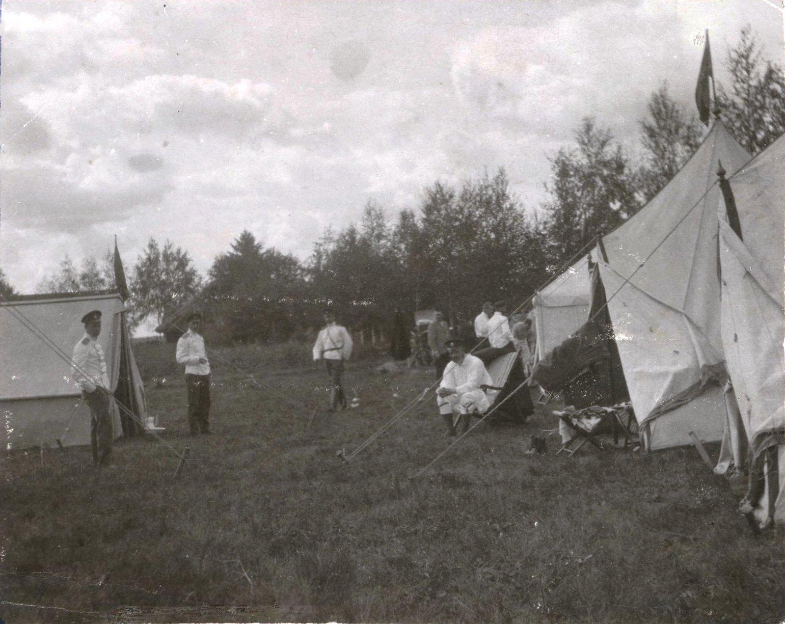 1901. Палаточный городок во время маневров