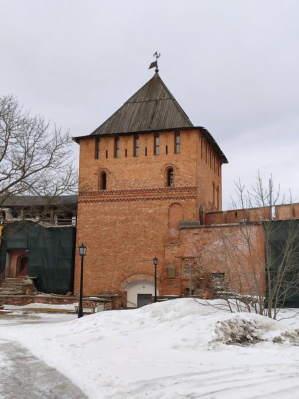 Великий Новгород - Новгородский кремль (Детинец) - Владимирская башня