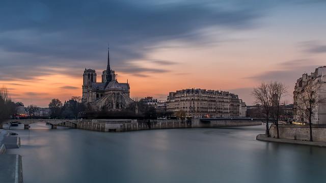 Longue Exposition - Notre Dame de Paris