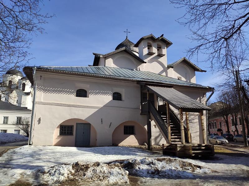 Великий Новгород - Церковь жён-мироносиц