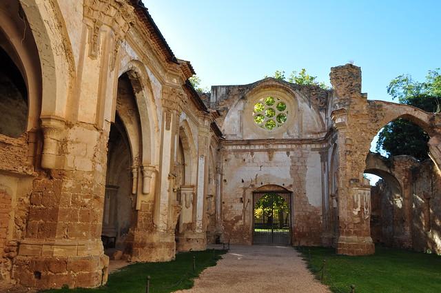 Ancienne église abbatiale, XIIIe-XIVe, ancien monastère de Piedra, Nuévalos, communauté de Calatayud, province de Saragosse, Aragon, Espagne.