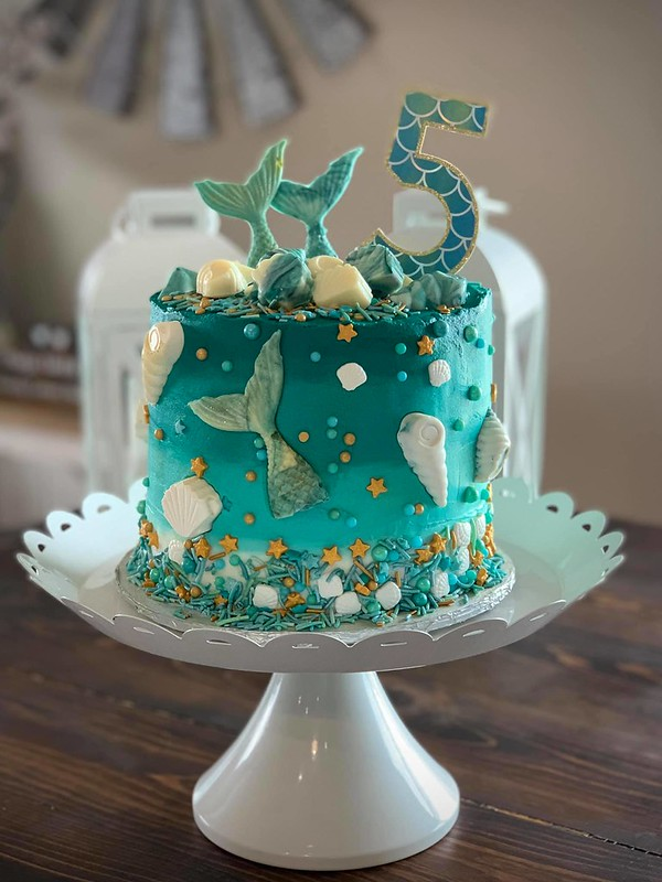 Cake by Just a Sprinkle