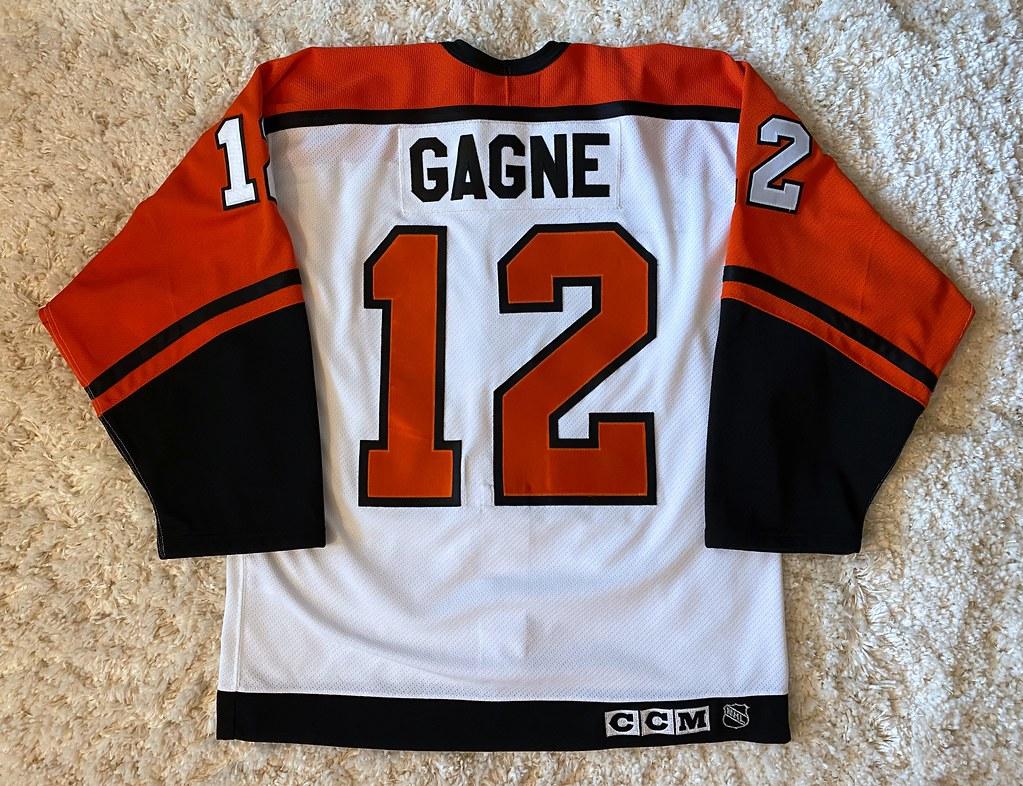 1999-00 Simon Gagne (Back)