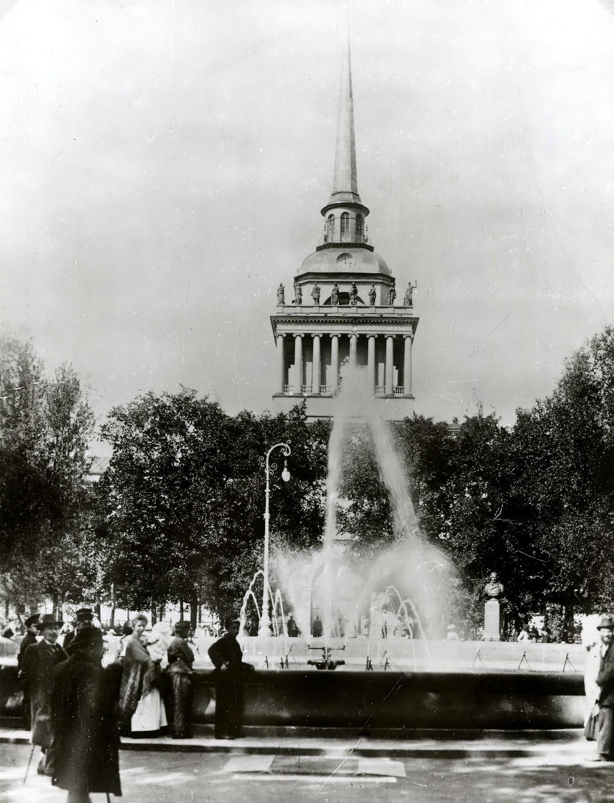 1904. Александровский сад, фонтан, Адмиралтейство (вариант)