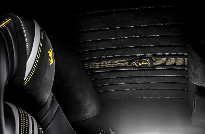 carlex-ferrari-812-superfast-interior-tuning-15