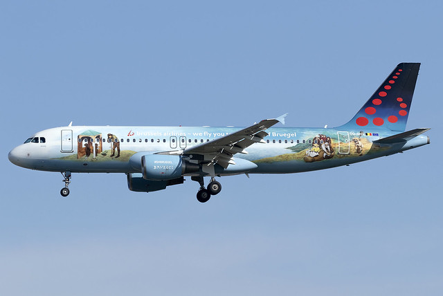 Brussels Airlines A320 OO-SNE