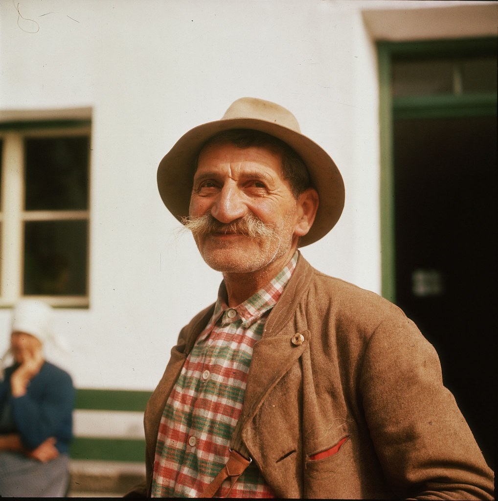 25. Житель региона Зальцкаммергут к югу от Линца в Верхней Австрии