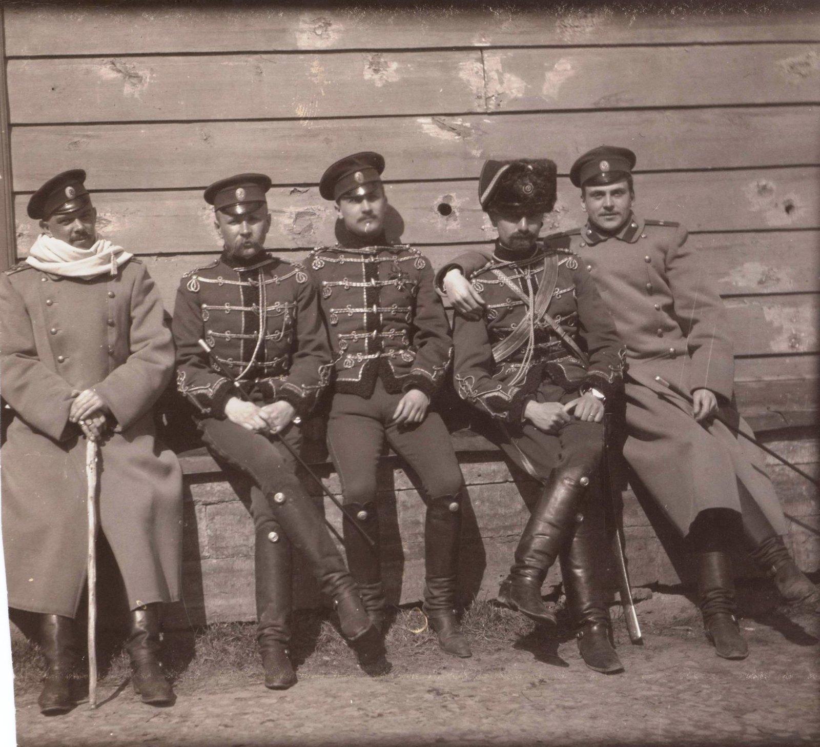 1906. Гусары отдыхают